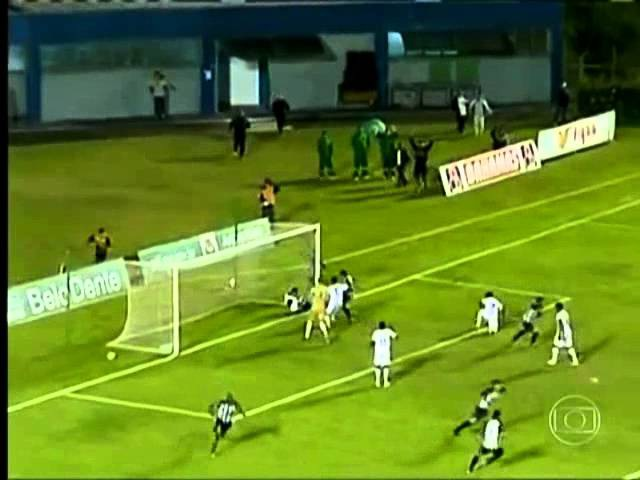 Massagista tira gol e elimina Tupi-MG