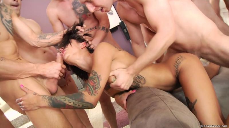 video-porno-gruppov