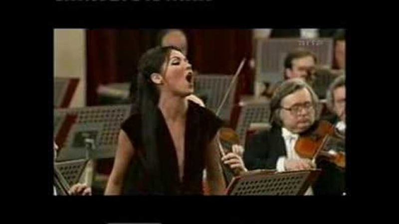 Anna Netrebko Regnava nel silenzio Lucia di Lammermoor