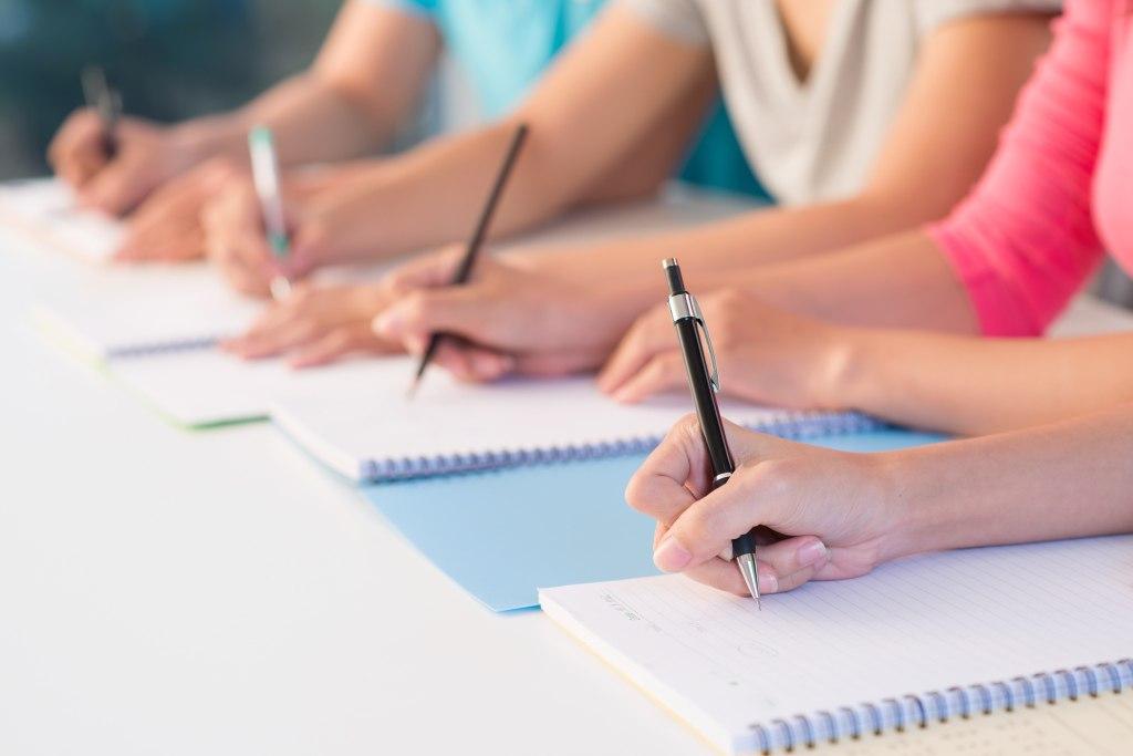 В Зеленчукском районе начался конкурсный отбор учащихся старших классов на получение гранта Главы КЧР