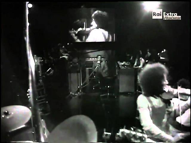 ♫ Angelo Branduardi ♪ Alla Fiera Dell'est (Italian TV Show 1977) ♫ Video Audio Restaurati HD