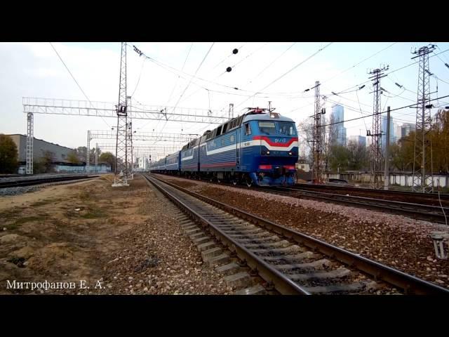 Электровоз ЧС7-053 (ТЧЭ-18) с поездом №075Б Москва - Гомель. (РЖД/БЧ)