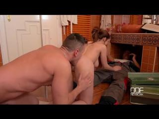 Секс с дядей сантехником фото 627-33