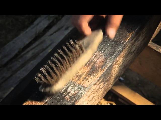 Japanese technique of preservingantiquing wood Shou-sugi-ban Yakisugi 焼き杉.