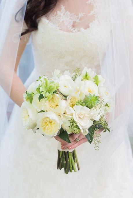 AnCImjzrB1A - 25 Белоснежных свадебных букетов