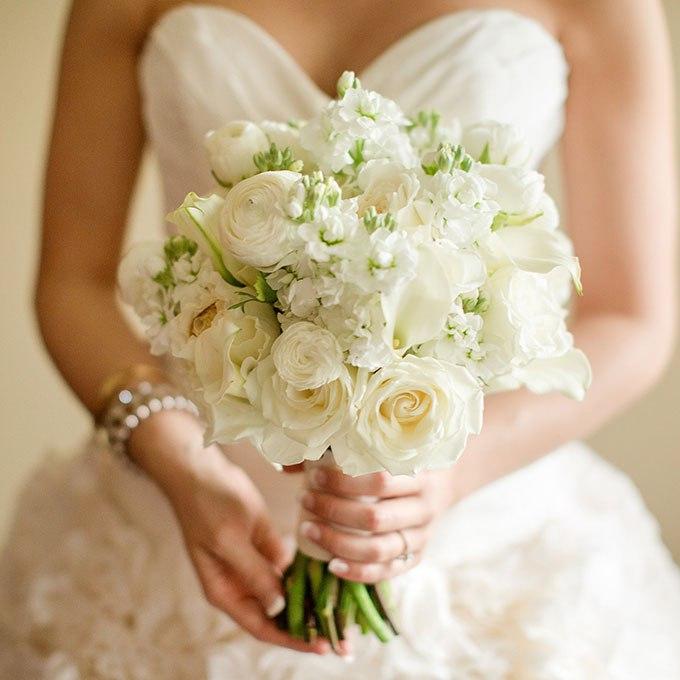 4PKz4cNyuHI - 25 Белоснежных свадебных букетов