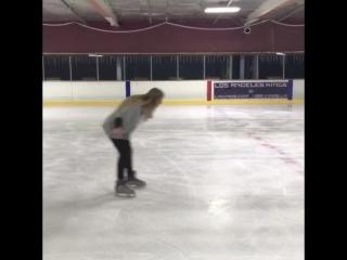 Как другие катаются на коньках и как это делаю я