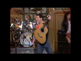 Queen - crazy little thing called love (saturday night live, 1982)