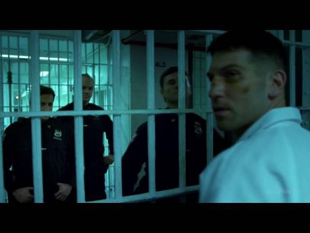 Драка Карателя с заключенными Сорвиголова