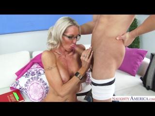 Жесткое домашнее лесбийское порно фото 270-570