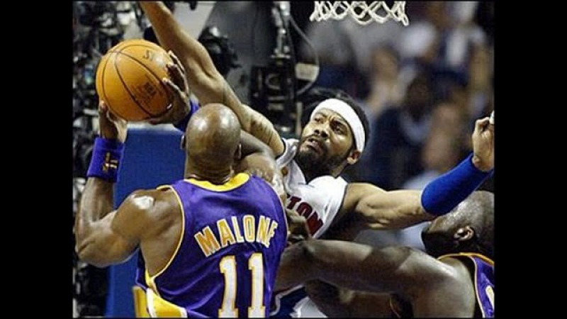 Detroit Pistons vs Los Angeles Lakers final 2004 game 1 (на рус ч.4)