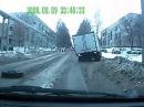 09 12 2015 Кемерово ул Ворошилова у грузовика на ходу отлетели колеса