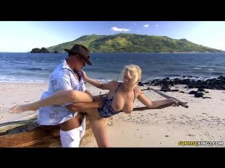 Секс фото на лодке фото 768-284