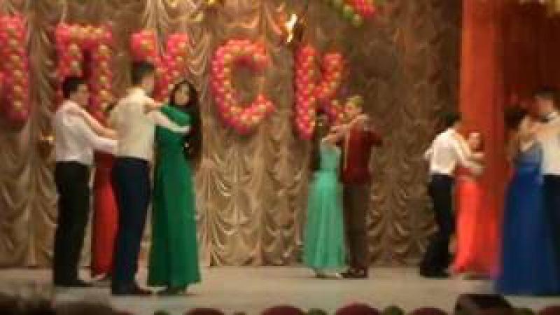 танець вальс дівчат на випускний в 4 класі проверке регулировке углов