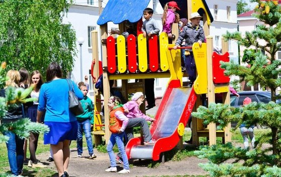 В Бавлах открылись летние лагеря «Нескучный двор»