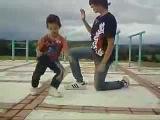 Сool dance from the little boy ( крутой танец от маленького мальчика )