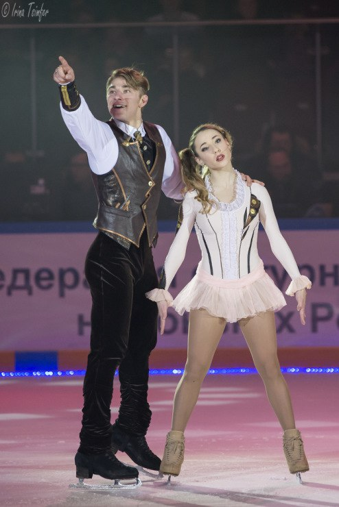 Кристина Астахова-Алексей Рогонов - Страница 19 YJhqAHpwxCI