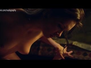 Паулина Андреева голая в сериале Оттепель (Валерий Тодоровский, 2013) - Серия 1 (1080p)