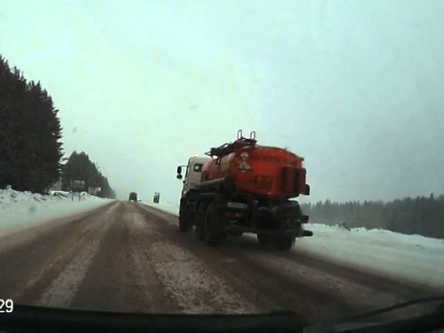 Не обгоняйте, если нет сцепления. ДТП на трассе Ижевск-Сарапул. Видеорегистратор с ам Авео