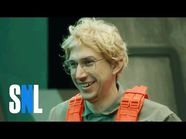 Undercover Boss: Starkiller Base Behind The Scenes - SNL