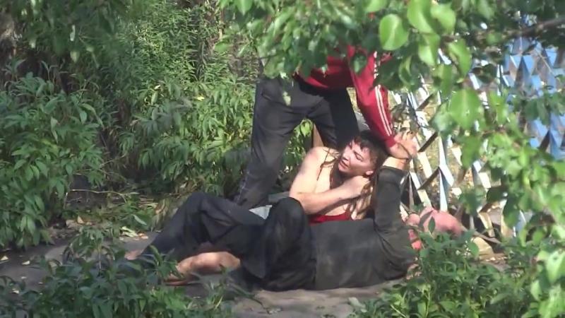 Секс в кустах Порно русские, драка алкашей, скайпа и вирта
