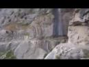 Безумная автобусная поездка в Гималаях! А вы рискнули бы так