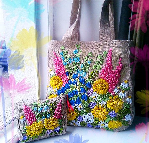 Вышитая сумочка и кошелек из атласных лент… (3 фото)