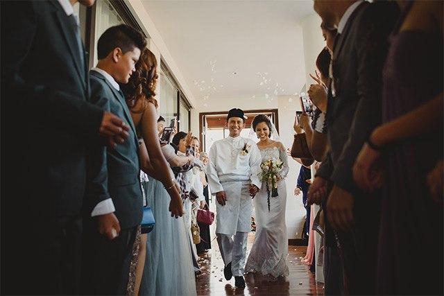 OTLWvW5dQXc - Обычаи Индонезийской свадьбы
