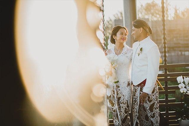 1f9f3OPWexU - Обычаи Индонезийской свадьбы