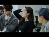 [Behind The Scenes_W] 이종석-한효주 남다른 케미 발산, 첫 대본 리딩현장! - W