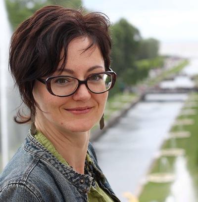 Лена Полесскова