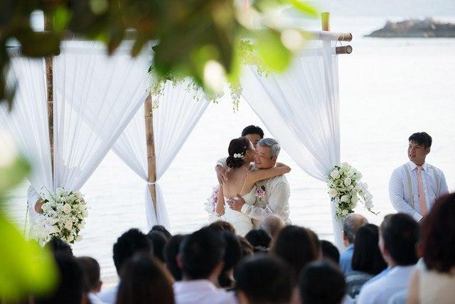 EXAtlXp1wag - Свадьба Клемента и Клаудии (30 фото)