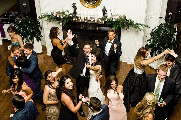 W6yIxscTErQ - Свадьба Макса и Алексы (15 фото)