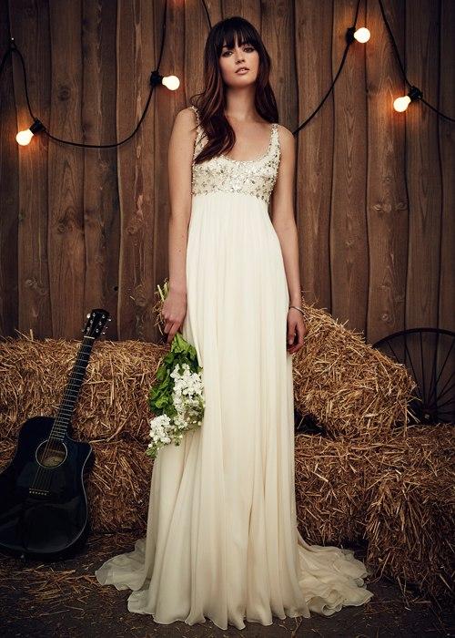 CuYlSLNfJQY - Платье невесты для тематической свадьбы на пляже (8 фото)