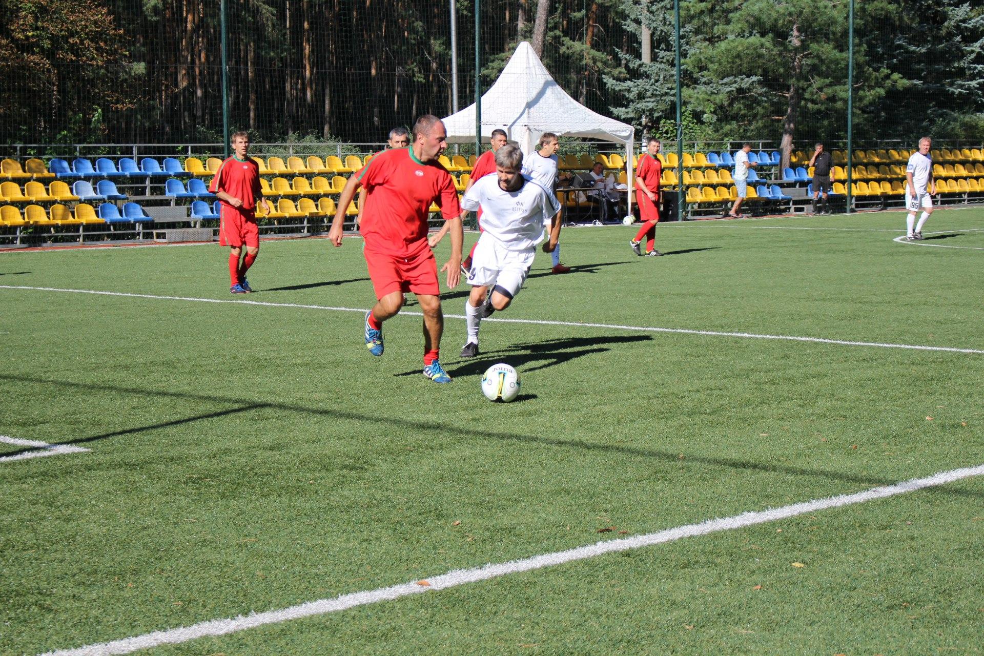 В первом полуфинальном поединке уже в дебюте матча мариупольцы пропустили мяч