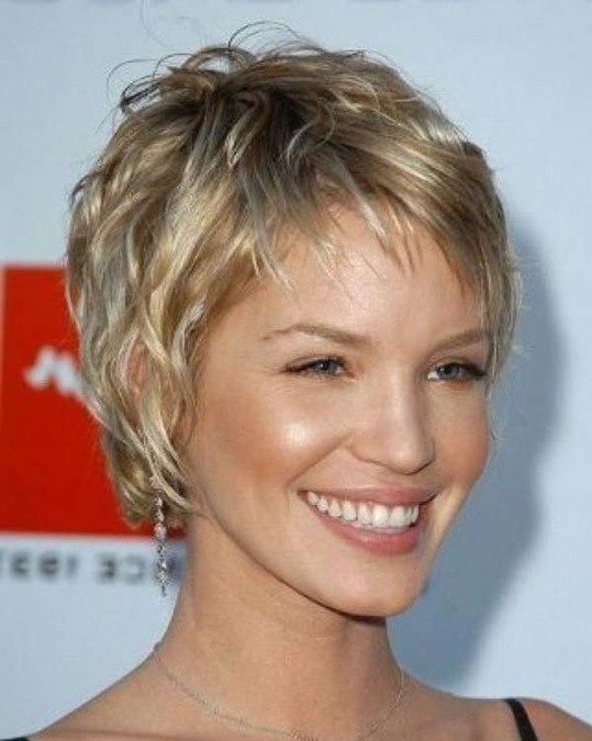 Блондинки стрижки для круглого лица