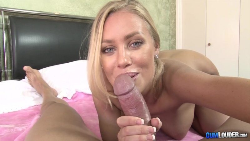 Сексуальная блондинка делает селфи и класно сосет член (минет, толстый член, Blonde, POV, Blowjob, Adult, XXX, Porn, Порно)