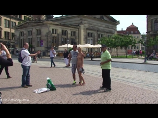 Linda Nude in Public 2