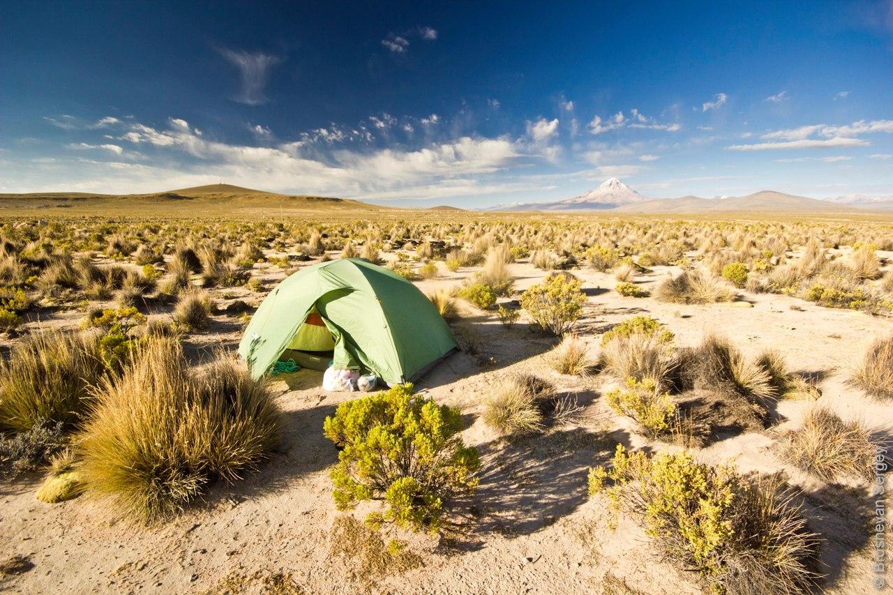 Ночевка в палатке у склонов вулкана Сахама