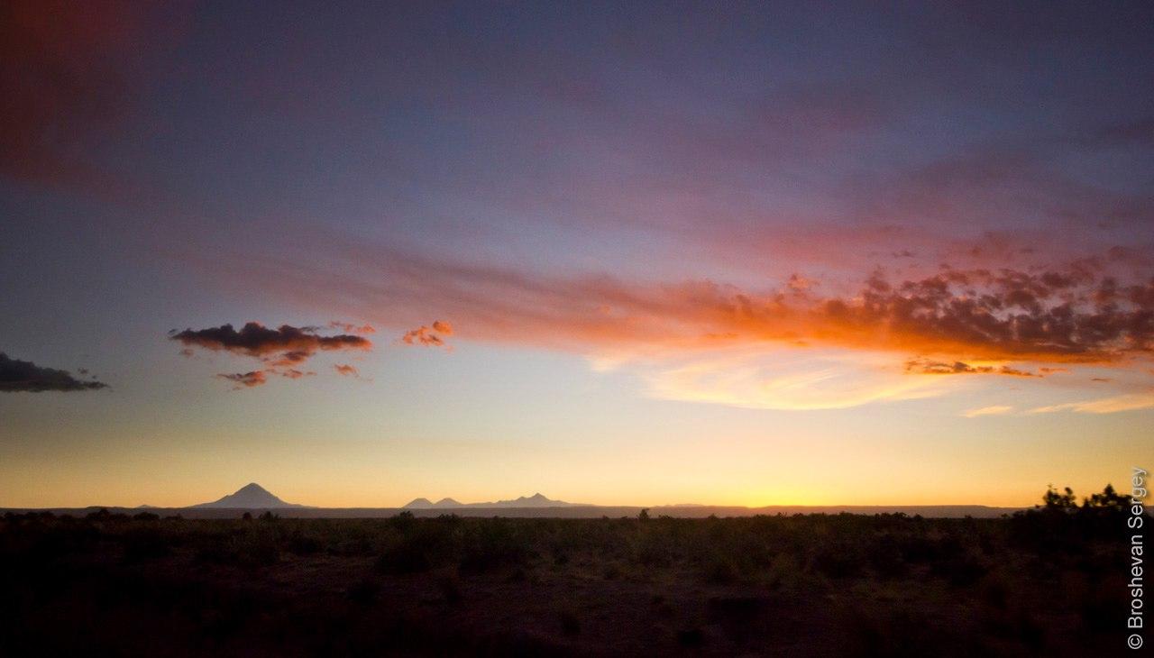 Закат над вулканом Сахама