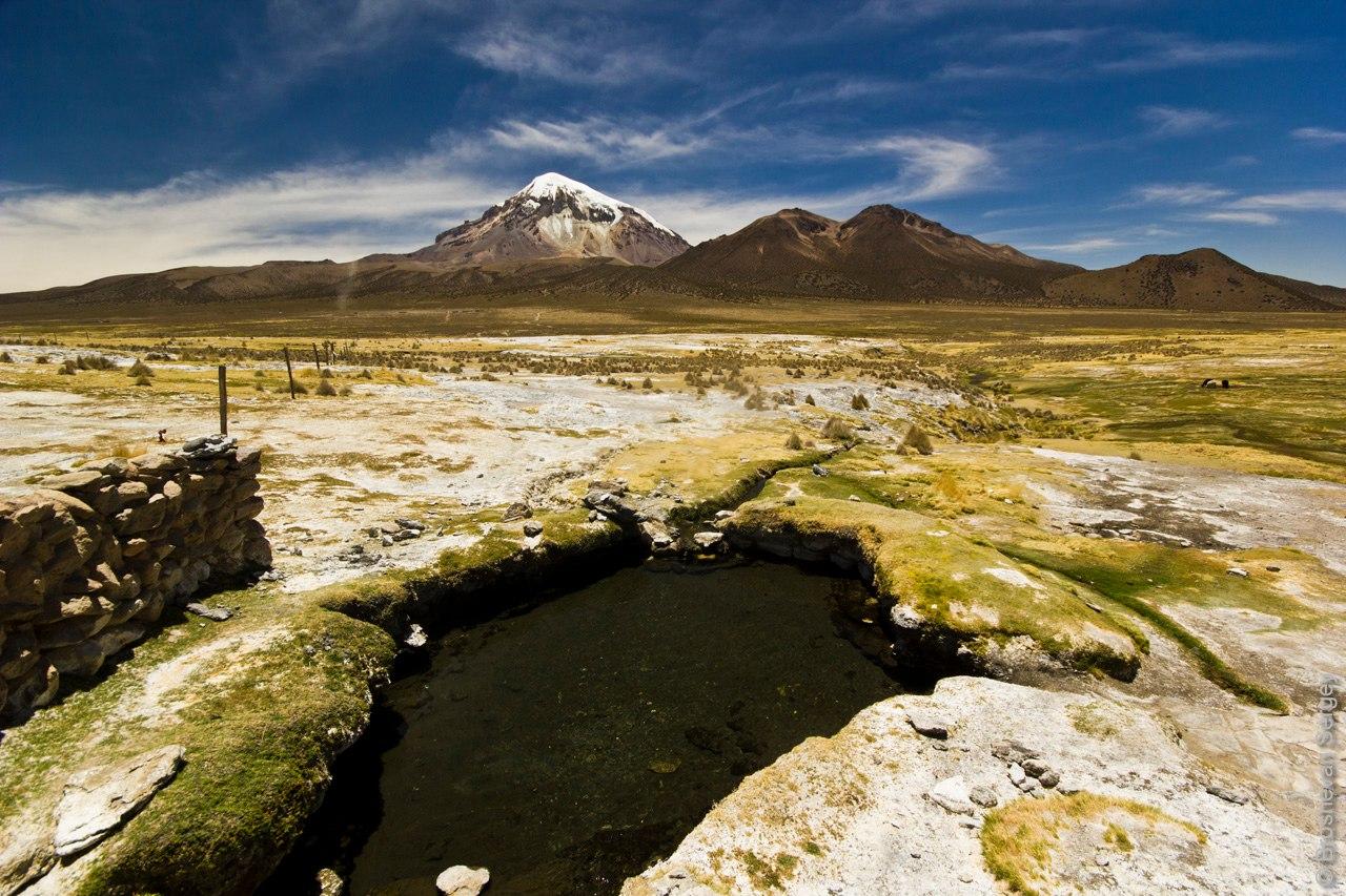 Горячие источники под вулканом Сахама