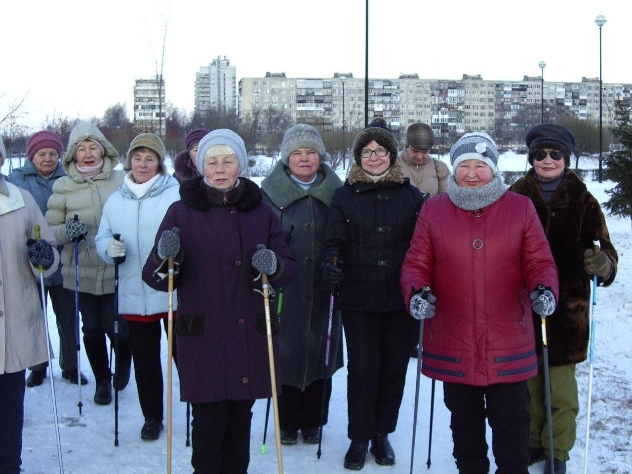 Группа «Возрождение» в Яблоневом саду. 05 января 2016 года