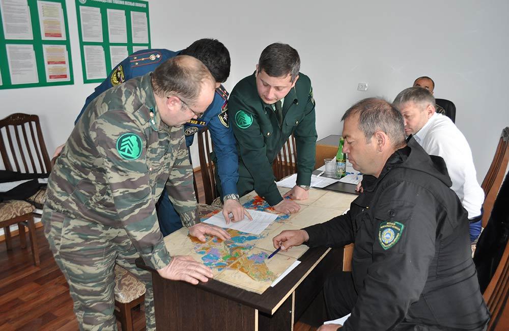 В Зеленчукском районе провели командно-штабную тренировку по отработке действий при условном возникновении лесного пожара