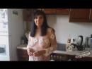 малыш лапает за грудь взрослую женщину интим мальчика сына и мамы или ття инцест русское порно milf bbw mature curve [720]