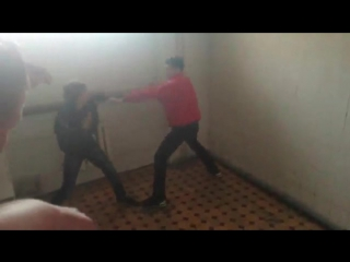 Драка Не опытного Боксера против Лоха!