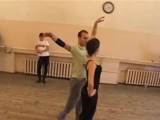 Муро Гагошидзе обучает гос.ансамбль Армении грузинским танцам