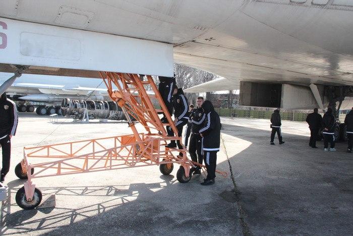 Футболисты Ворсклы посетили музей дальней авиации - изображение 2