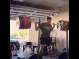 """I Love Powerlifting on Instagram: """"Ещё не забыли Пэта Мэндеса? А у него уже пошёл 192-ой день приседаний каждый день с весом более 600 фунтов (272,5 кг). На видео он…"""""""