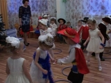 Утренник в детском саду))) Мой зайка)))