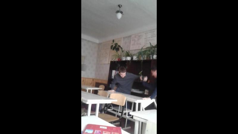 Серан насилует кавказца за кумыс